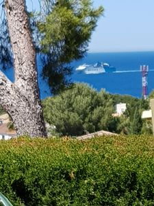 Photo for Superb villa with sea and mountain views 2 minutes from the beach and downtown Denia