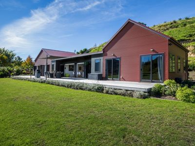 Photo for Secluded Vineyard Villa