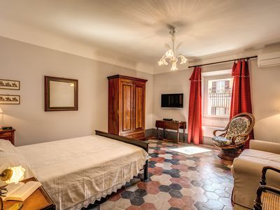 Photo for Recently restructured and refurbished cozy apartmentat 5 minutes walking from Termini station.