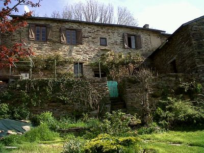 Photo for Traditional french 300 year old stone build country cottage with Pyrénées views