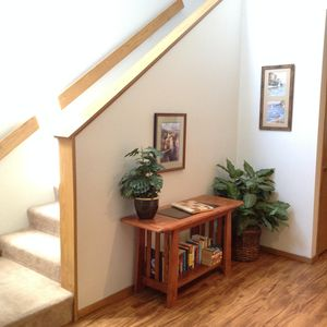 Entry way and stairs to 2nd floor