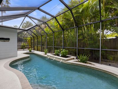 Photo for Siesta Key vacation rental home close to village with swimming pool and free wifi