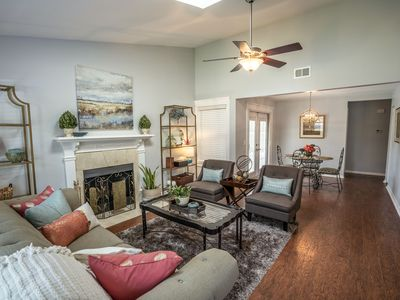 Photo for Cozy Home Minutes From Historic Charleston, Sullivan's Island & Isle of Palms