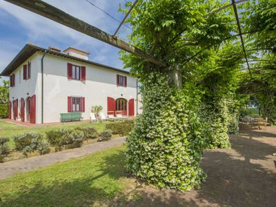 Photo for Vacation home Villa Ponticelli in Casciana Terme - 9 persons, 4 bedrooms