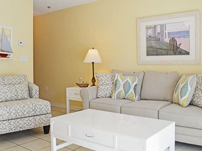 Photo for 3rd Floor Quaint Condo, Steps To The Beach. Quick Drive To Restaurants