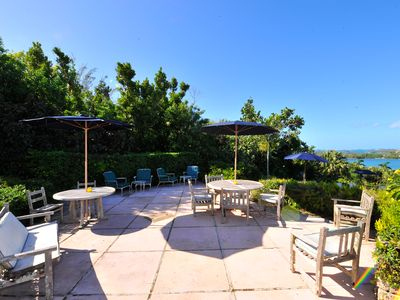 Photo for Beautiful Private Estate, Pool, Panormic Views, 15min from everything