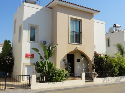 Photo for Stunning 3 Bed villa, Private pool,Wifi,Mins to the Beach & amenites
