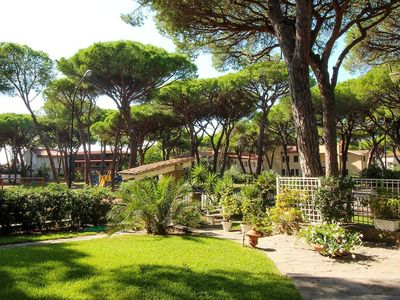 Photo for Rooms in villa with large garden by the sea.