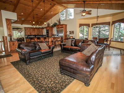Photo for House 830 m from the center of Big Bear Lake with Parking, Internet, Washing machine, Balcony (983661)