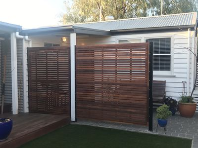 Photo for Cosy backyard Bungalow in Trendy Geelong West