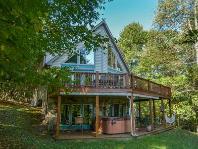 Mountaintop Chalet with Spacious Deck & Central Location