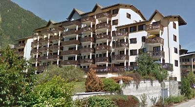 Photo for Apt 4/5 pers - 3 min. town center - Mont-Blanc view