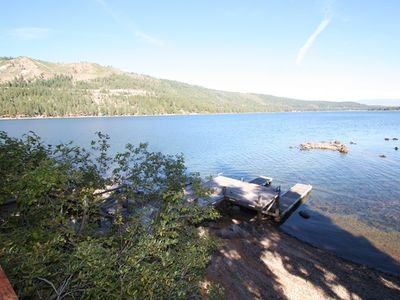 Photo for 4 bedroom, 2 bath, sleeps 12 Donner Lakefront with private dock. DLR#035