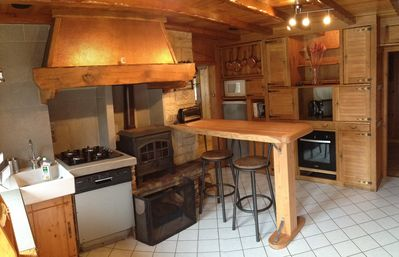 Photo for Beautiful apartment chalet style, ground floor, at the foot of Mont Blanc