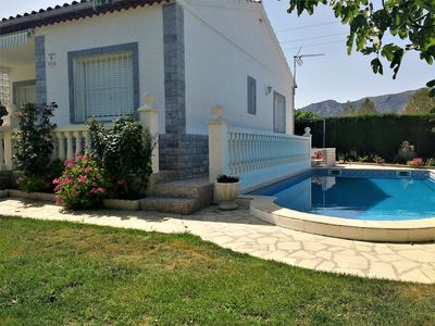 Photo for Pretty Villa with private pool for 8 people, 3km from the sandy beach.