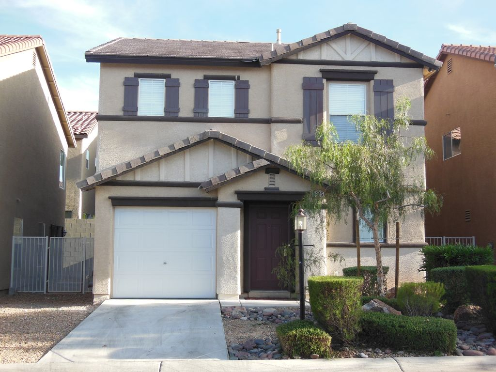 Cozy 3 Bedroom 2 5 Bath Home 15 Minutes West Of Las Vegas Strip Sleep Up To 8 Las Vegas