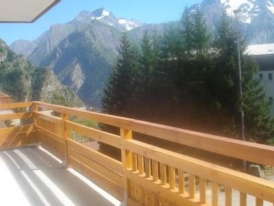 Photo for Large apartment and terrace (30 m2) Les Deux Alpes 6 - 8 people