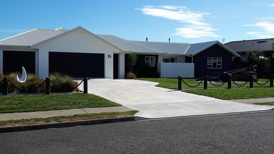 The Anchorage. Our modern, airy, warm B&B located at Waitarere Beach.