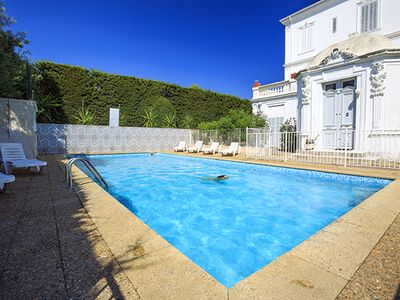 Photo for VILLA EDGE OF SEA *** furnished equipped air conditioning terrace pool jacuzzi wifi bbq