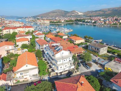 Photo for Apartments and Rooms Villa Jadran (42081-A1) - Trogir