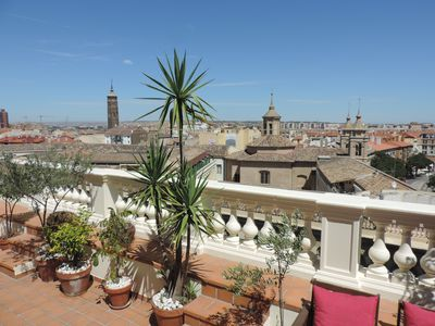 Photo for 1BR Apartment Vacation Rental in Zaragoza