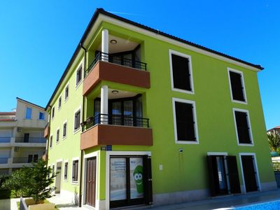 Photo for Smaragdna Villa - Three Bedroom Apartment with Patio