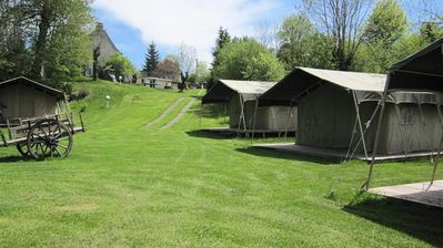 Photo for Camping Le Clos de Banes - Tent Safari 3 rooms 4 people
