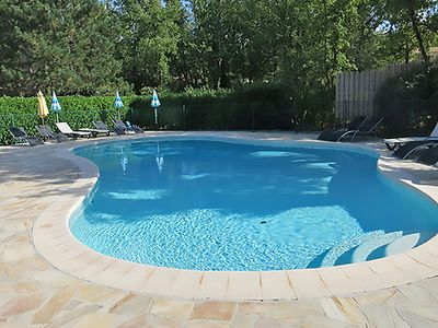 Photo for Fine holiday home with swimming pool, tennis court and 18-hole golf course