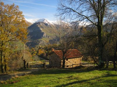 Photo for Charming cottage in the valleys pasiegos. Stunning views of the mountains.