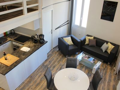 Photo for Beautiful loft 3 rooms very bright ideally located in the center of Antibes