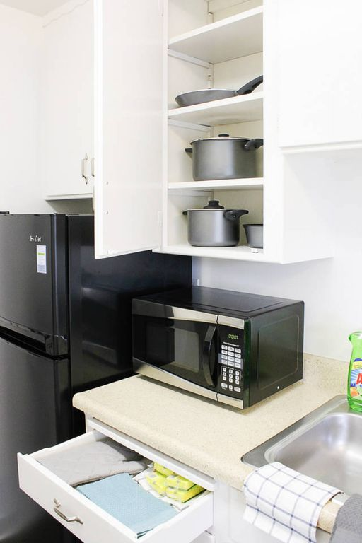 Spacious charming 1B1B near tech and Stanford - One Bedroom Apartment, Sleeps 3