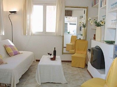 Photo for Apartment with beautiful terrace overlooking the beach for 2-4 persons