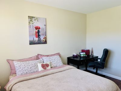 Photo for Private room in 3 bedroom townhouse near Six Flags.
