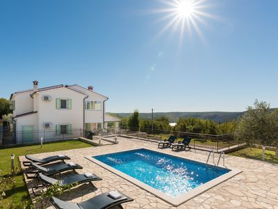 Photo for Beautiful Villa Mare with Sea View and Summer Kitchen