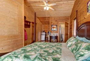 Photo for 5BR House Vacation Rental in Mountain City, Tennessee