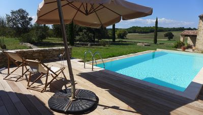 Photo for Gîte in Uchaux, Quiet, unobstructed view, Private swimming pool