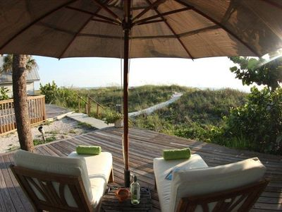 Photo for 1 Bedroom Gulf Front standalone cottage