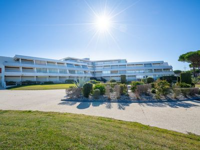 Photo for Apartment Résidence du Golfe in Port Camargue - 4 persons, 1 bedrooms
