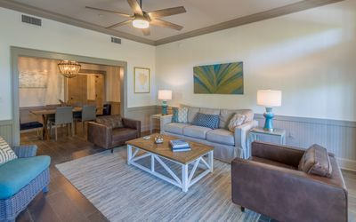 Photo for Park Place - Spring Break Specials, heated community pools, 2 bikes