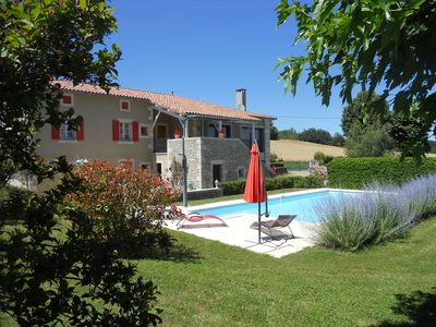 Photo for House, good services, pool, green setting, between Quercy and Rouergue