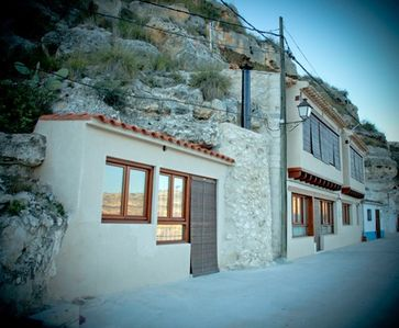 Photo for The Bodeguilla of Alcala del Jucar. Cottage for 6 people