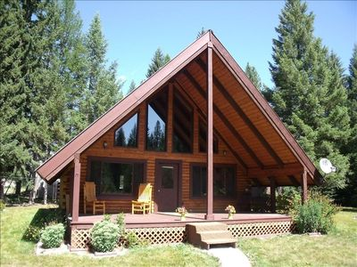 Photo for Three Bears Cottage - Adorable Log Cabin 8 Minutes from Whitefish