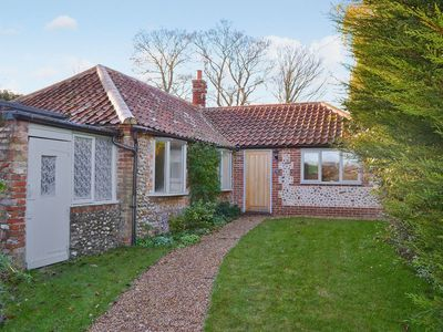 Photo for 3 bedroom property in Blakeney. Pet friendly.