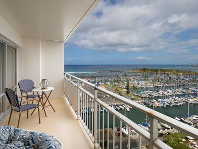 Photo for Outstanding 1 Bedroom at The Ilikai