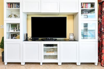 Entertainment center with games, puzzles and books for all to enjoy!