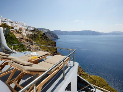 Photo for (w) Standard Cave Villa | Outdoor Hot Tub | Oia