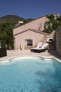 Photo for Villa bottom with heated pool on the hills of Nice