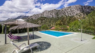 Photo for Massive 15-people holiday villa overlooking the mountains - 13 km from Ronda