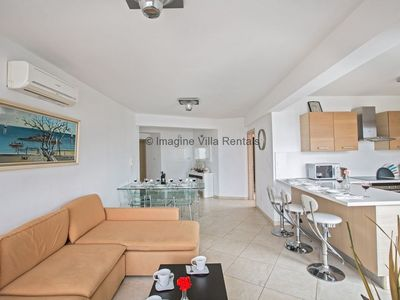 Photo for Fig Tree Bay apartment that sleeps 6 guests  in 3 bedrooms