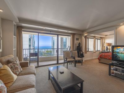 Photo for Waikiki Condo with Ocean Views. Free Parking for 2 Cars & Full Kitchen